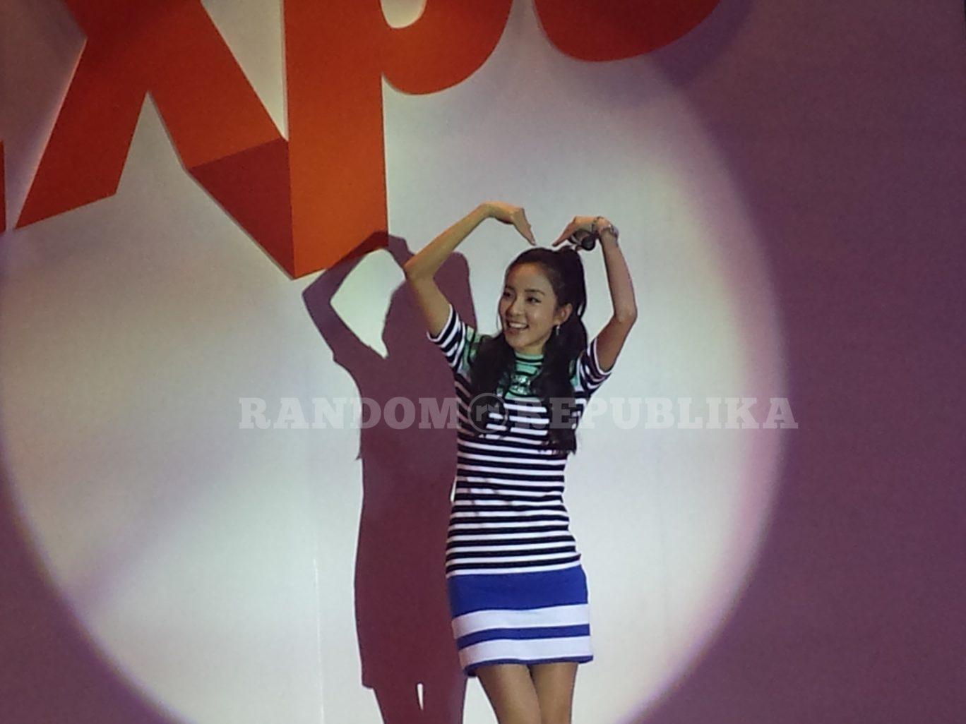 Sandara Park in Manila Dara Park 2NE1 PTAA Travel Tour Expo 1 RV Shots Multimedia RV Astillero
