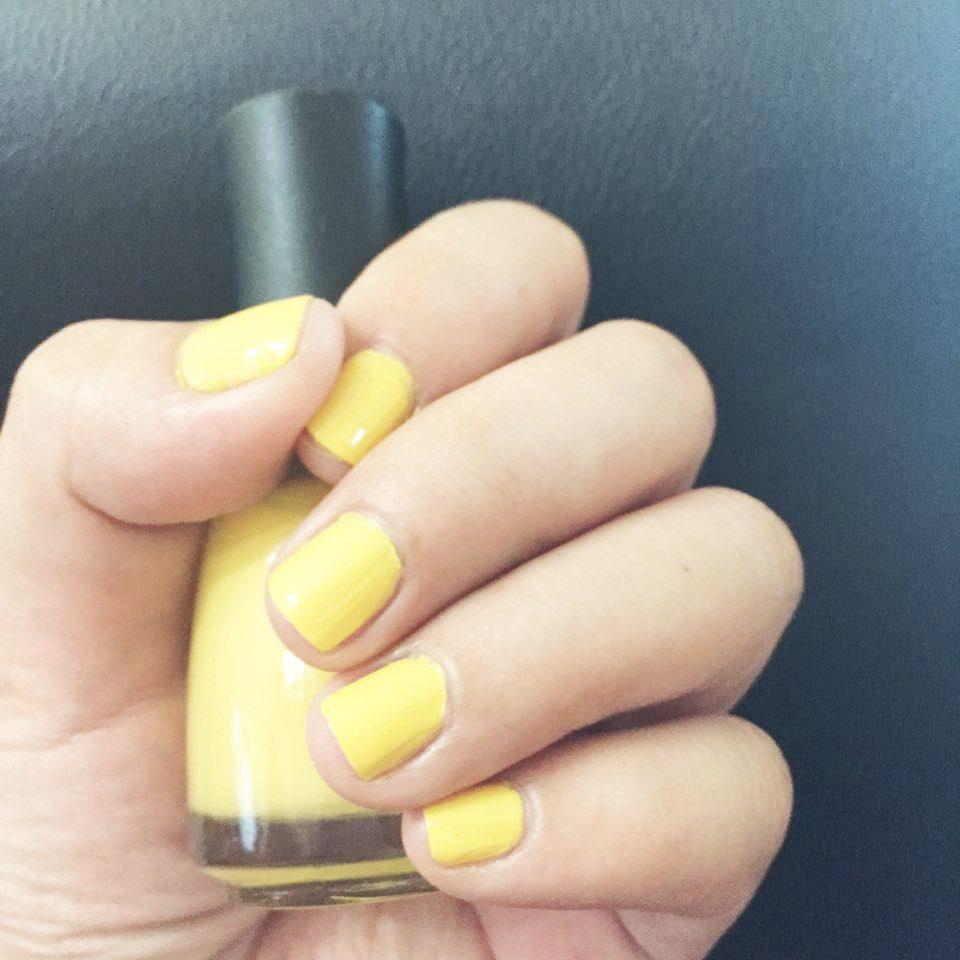 Yaya Dub yellow nail polish gel manicure Maine Mendoza AlDub