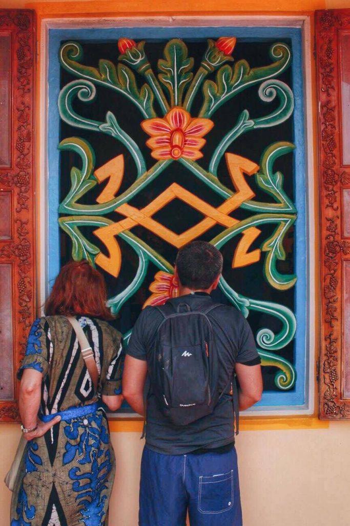 cao dai temple visitors tourists architecture