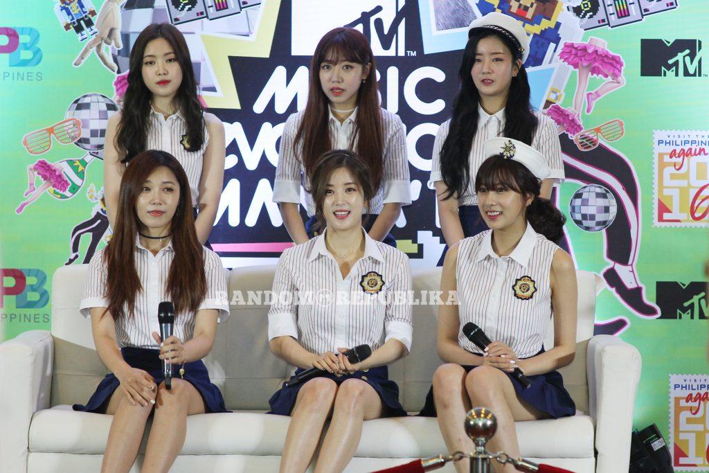 MTV Music Evolution Manila 2016 MTV Asia MTV Music Evo VJ Yassi Pressman VJ Andre Paras VJ Hanli Hoefer APink APink in Manila KPOP girl group 3 copy