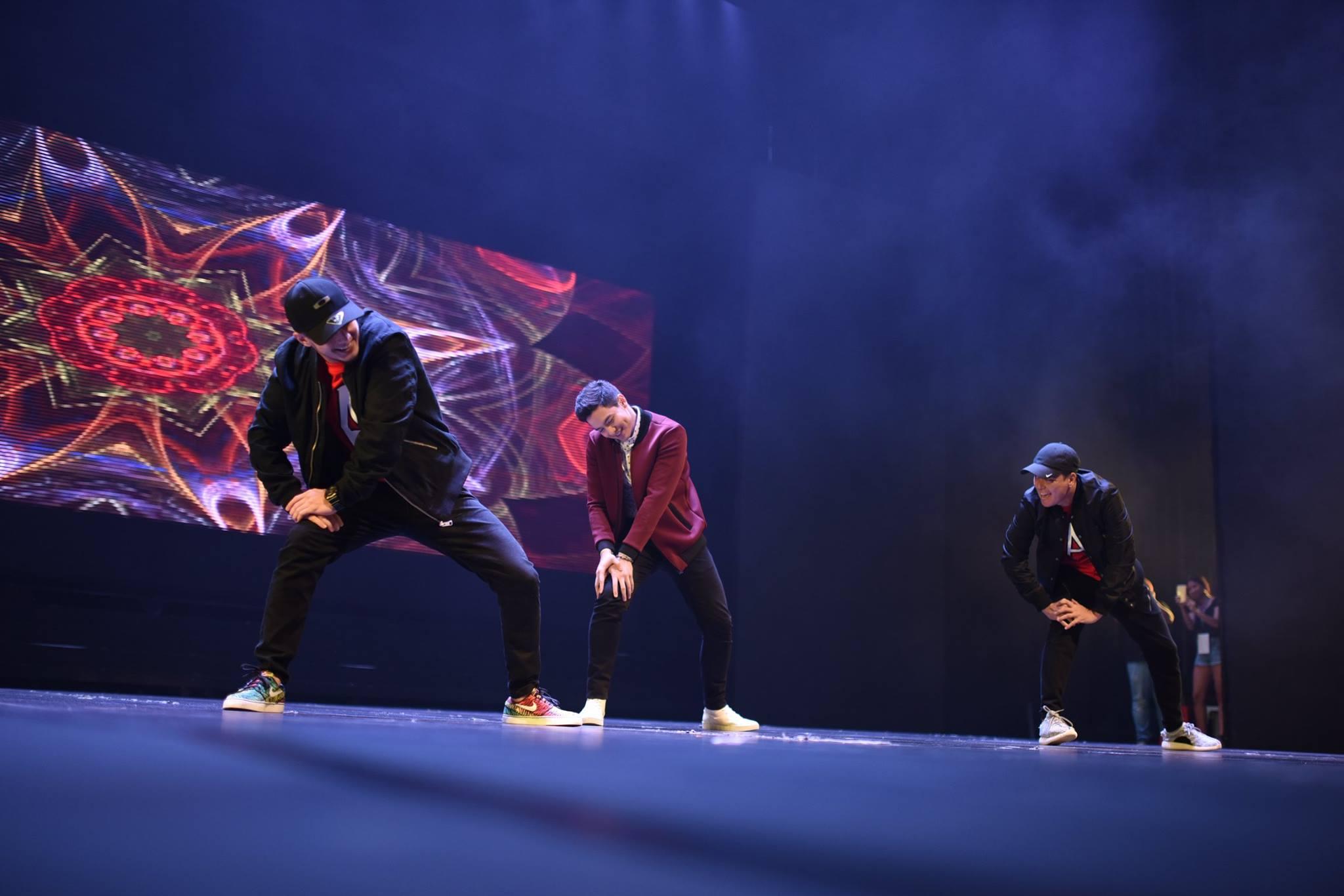alden richards concert in singapore dance