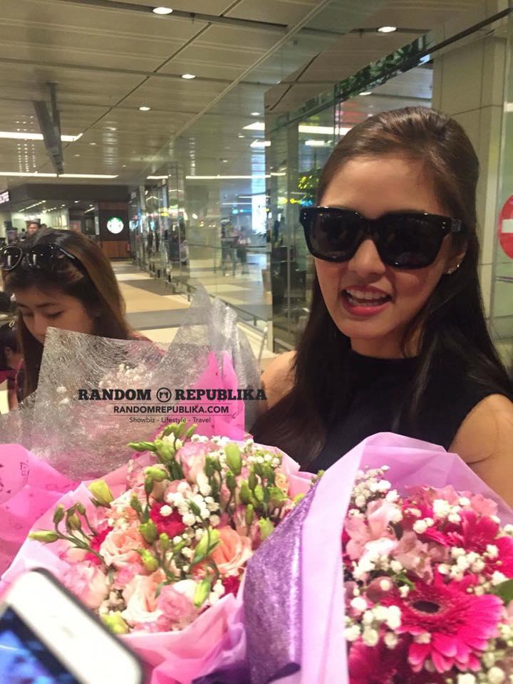 Kim Chiu Xian Lim KimXi A FUNtasy Date with Kim & Xian Arrival Singapore Changi Airport 1