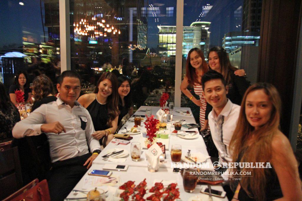 kimxi kim chiu and xian lim welcome dinner in singapore funtasy concert at suntec 4