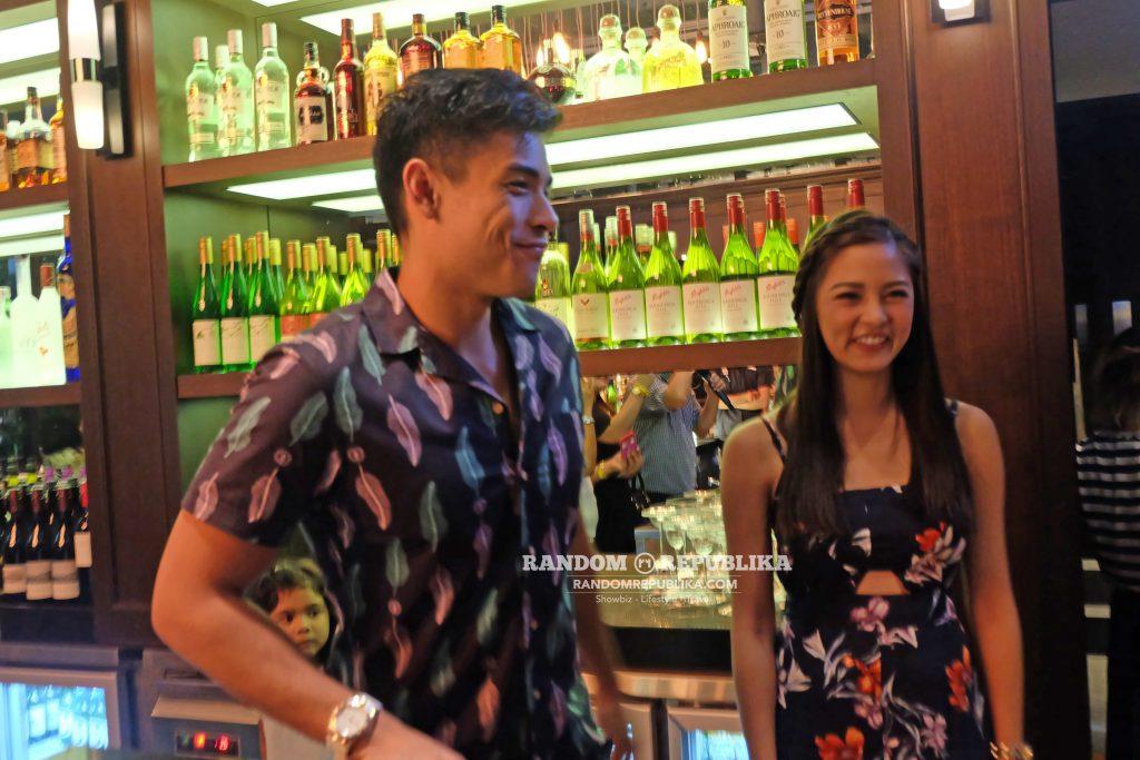 kimxi kim chiu and xian lim welcome dinner in singapore funtasy concert at suntec dallas bar smile