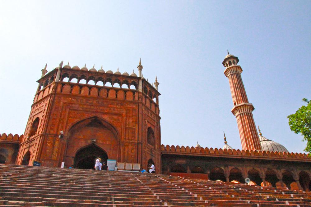 muslim-mosque-delhi-jama-masjid-solo-tour-entrance-tower