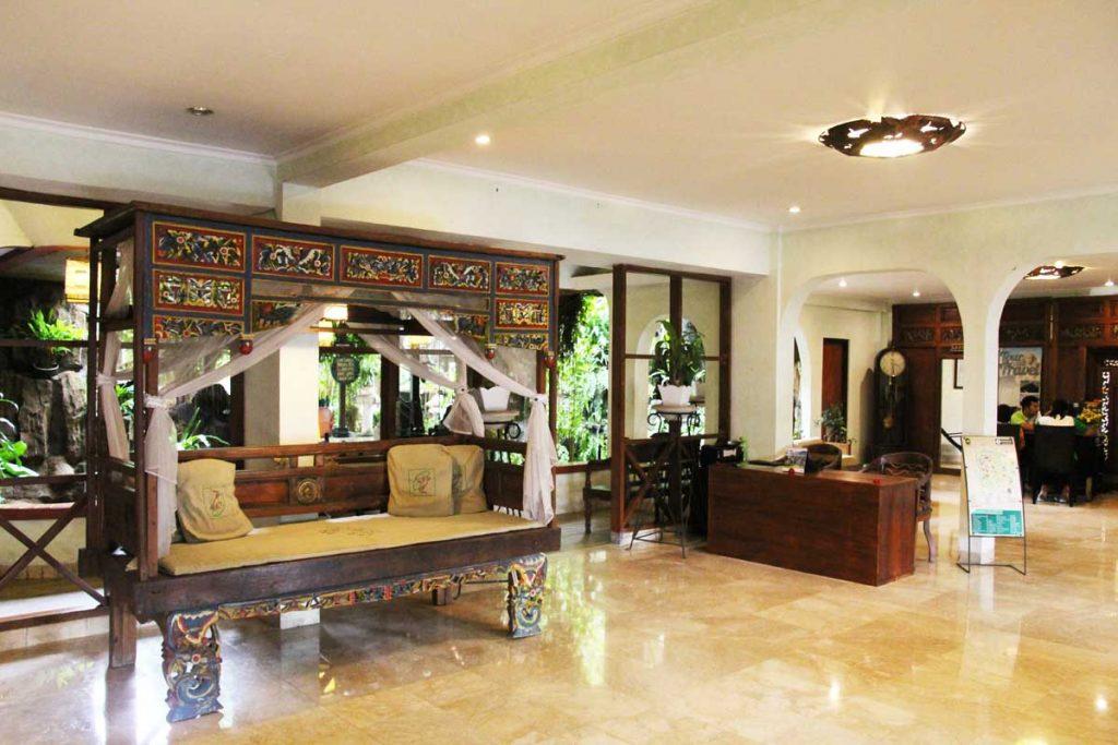 dusun-jogja-village-inn-lobby-hotel-yogyakarta-indonesia