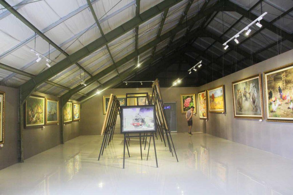 gallery-prawirotaman-hotel-yogyakarta-iindonesia-art-gallery-exhibition