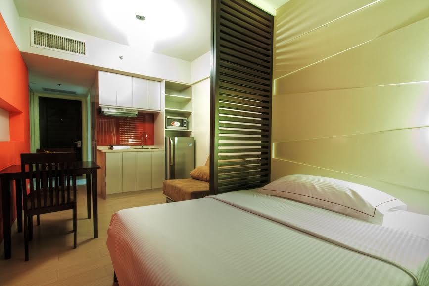 Dusit Thani Manila Hotel in Philippines - Room Deals